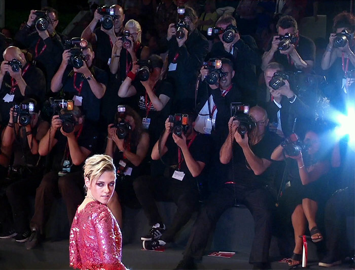 Celebrity photos, latest celebrity pictures - Getty Images